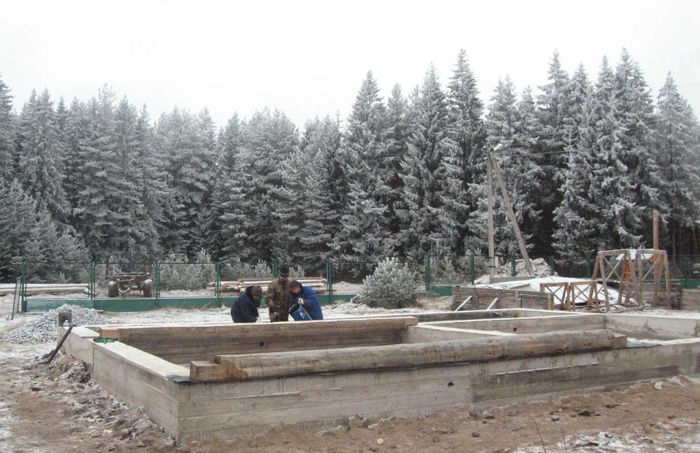 Cтроительство фундамента зимой