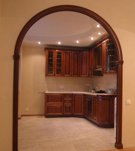Дверной проем арочной формы