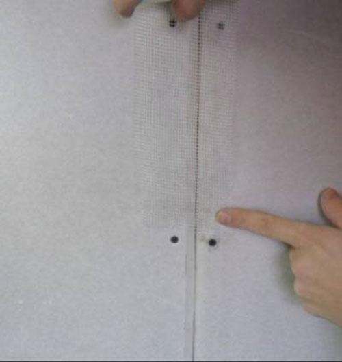 Выравнивание стен своими руками фото 8